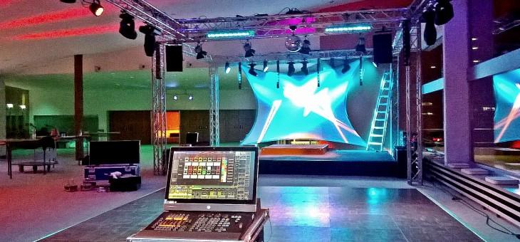 Drehbühnen-Ball im Theater der Stadt Wolfsburg
