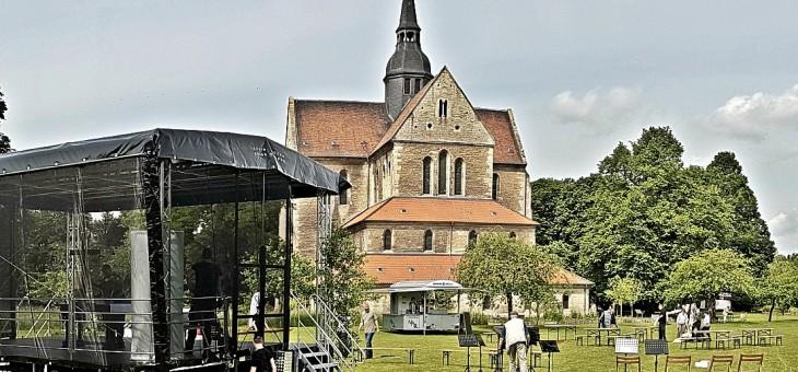 Leichtes Gepäck – Ökomenischer Pilgertag an der Klosterkirche Riddagshausen